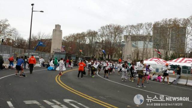 2015 11 22 필라 마라톤 16.jpg