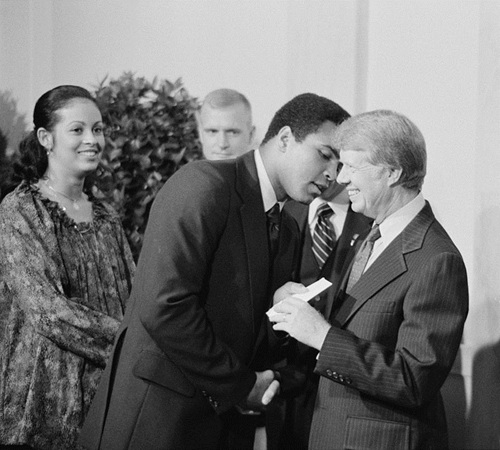800px-Muhammad_Ali_and_Jimmy_Carter.jpg