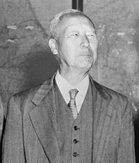 200px-Syngman_Rhee,_1951-May-1.jpg
