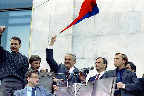 Boris_Yeltsin_22_August_1991-1.jpg