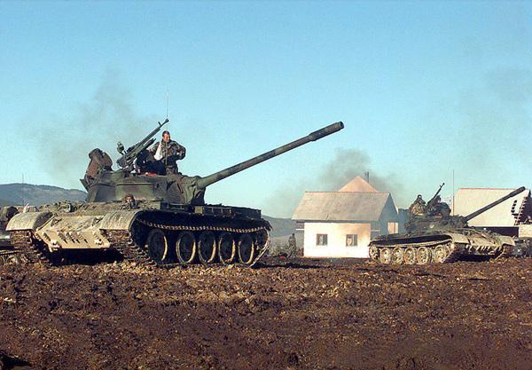 800px-HVO_Army_T-55_Glamoc_setup.jpg