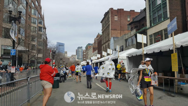 2017 4 17 Boston Marathon 6.jpg