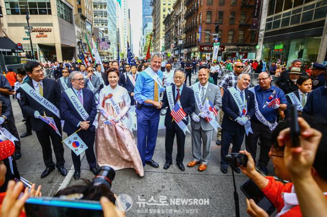 Korean Parade 2017_SNS_030.jpg