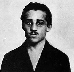 오스트로-헝가리 황태자를 암살해 제1차 세계 대전을 촉발시킨 프린치프. 감옥에서 폐결핵으로 죽었다.jpg