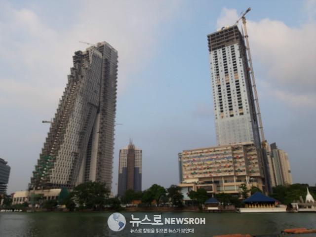 6 콜롬보 시내는 최근 들어 초대형 건물들이 많이 들어서고 있었다. 중국 자본이 밀려 들어와.jpg