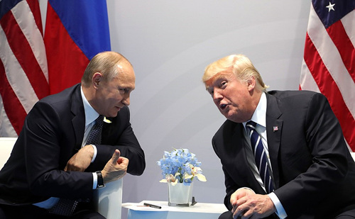 1024px-Vladimir_Putin_and_Donald_Trump_at_the_2017_G-20_Hamburg_Summit_(4).jpg